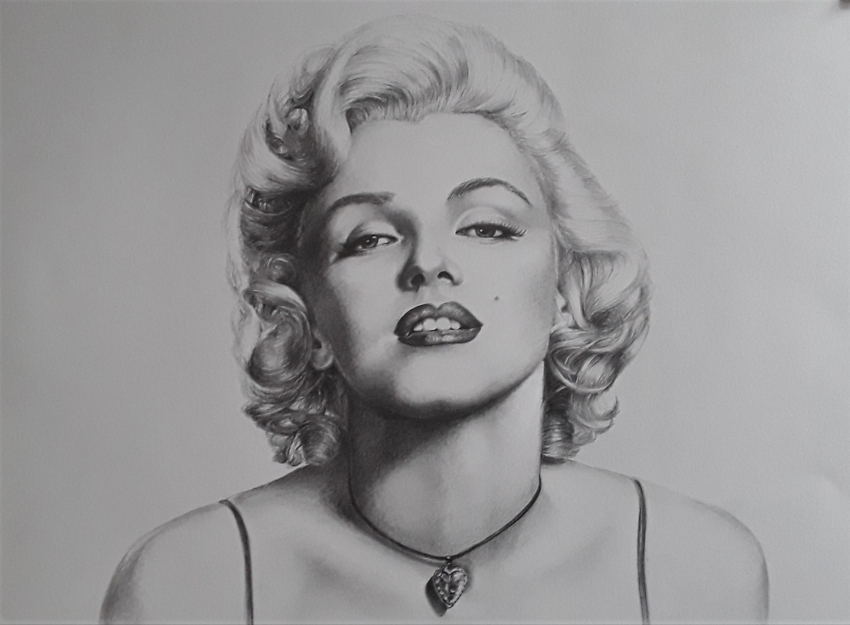 Marilyn Monroe by Sazz
